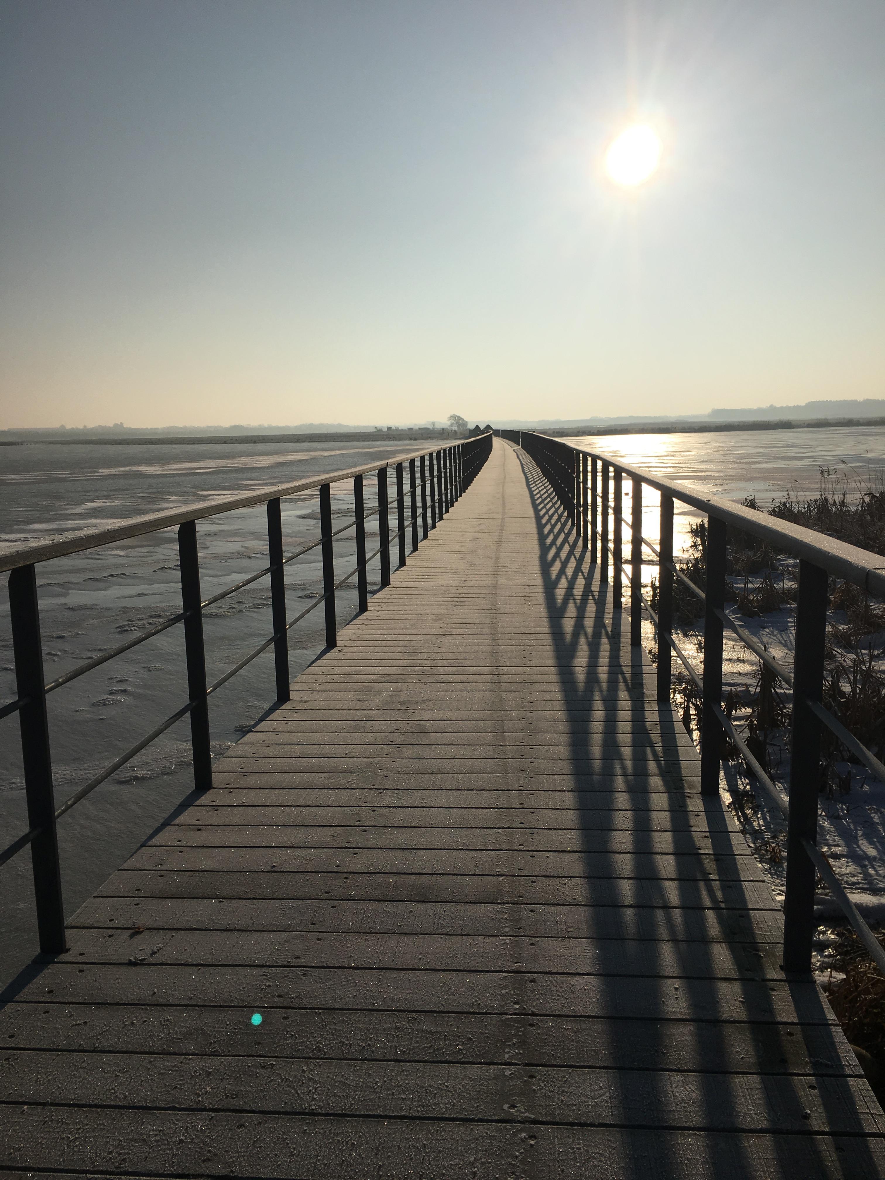 De lokale borgere havde et stort ønske om en gangbro tværs over Vilsted Sø. Den blev en realitet i 2014.